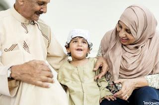 Tips Keluarga Harmonis Saling Membantu