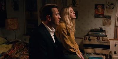 Ewan McGregor (Swede Levov) y Dakota Fanning (Merry Levov)