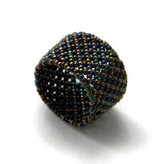 Купить кольцо из бисера украшения ручной работы подарок девушке