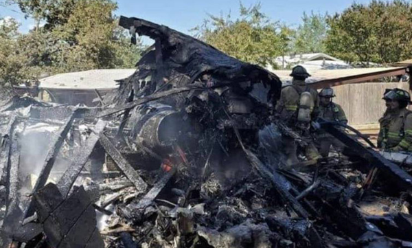 Military airplane crashes in Texas