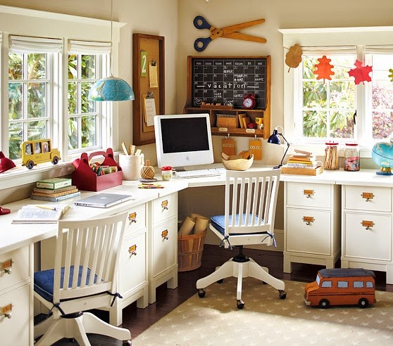 Kids Room Study Table