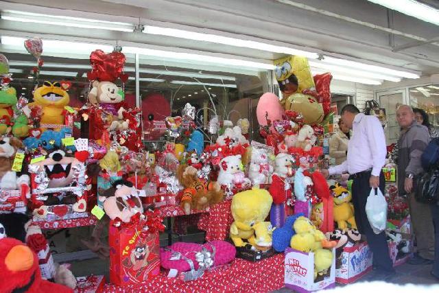 Disminuirán en casi 50 por ciento ventas por el festejo del 14 de febrero: Concanaco Servytur