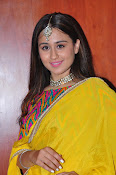 simrat junejna gorgeous photos-thumbnail-3