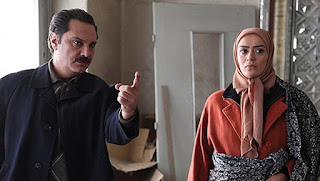 Andherey Ka Tohfa Episode 7,  he is under pressure and forced to complete few tasks which are unlawfull and illegal, but he performed the same very difficultly and then he is forced to espionage, for a home where a man who is in Govt service, living and hero of the serial performed the same very well.