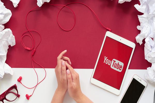 الكشف عن أكثر اليوتوبورات في العالم تحقيقا للدخل