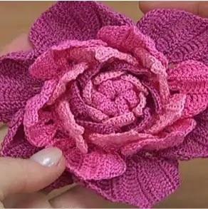 Flor en 3D a Crochet