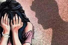 छात्रा के साथ जीजा ने दुष्कर्म कर अश्लील फोटो वायरल किए | BADARWAS NEWS