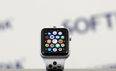 ستسمح Apple لمستخدمي Apple Watch بإزالة تطبيقات Stock