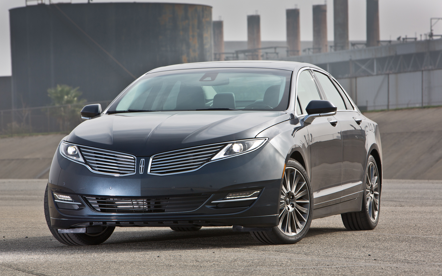 The Best Of Cars: Lincoln MKZ 2013