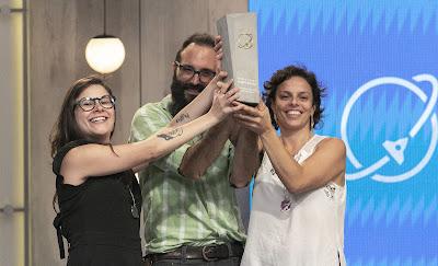 Equipe da duLocal celebra vitória - Divulgação