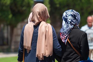Muslims women dress