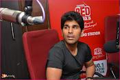 Allu Sirish at Red FM-thumbnail-8