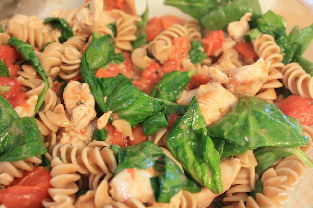 Rotini di Modena with Chicken and Spinach