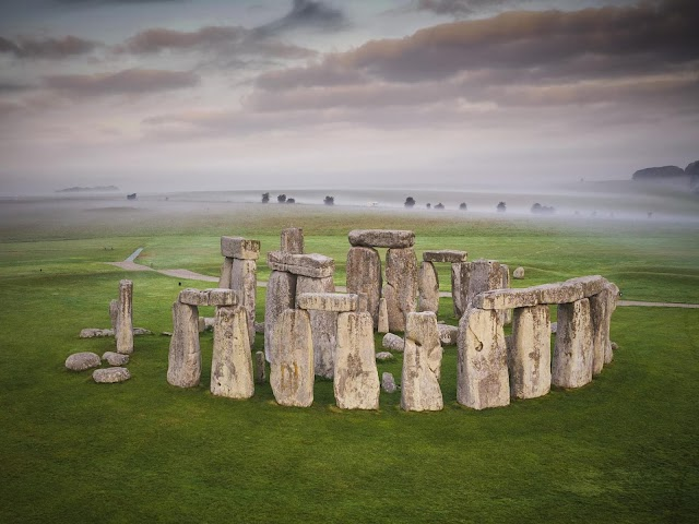 What do you know about Stonehenge mystery?