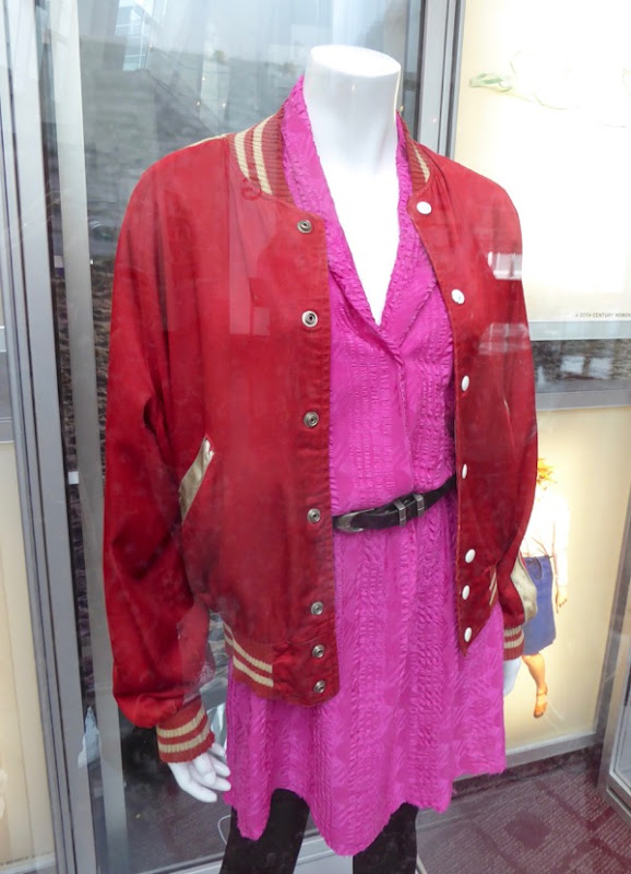 Greta Gerwig 20th Century Women Abbie costume
