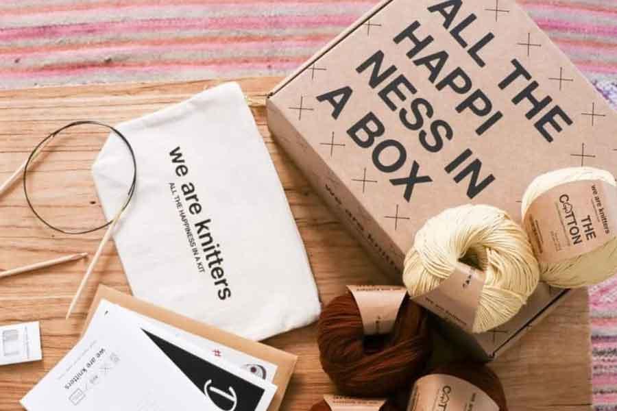 membuat kemasan packaging dengan memakai tipografi