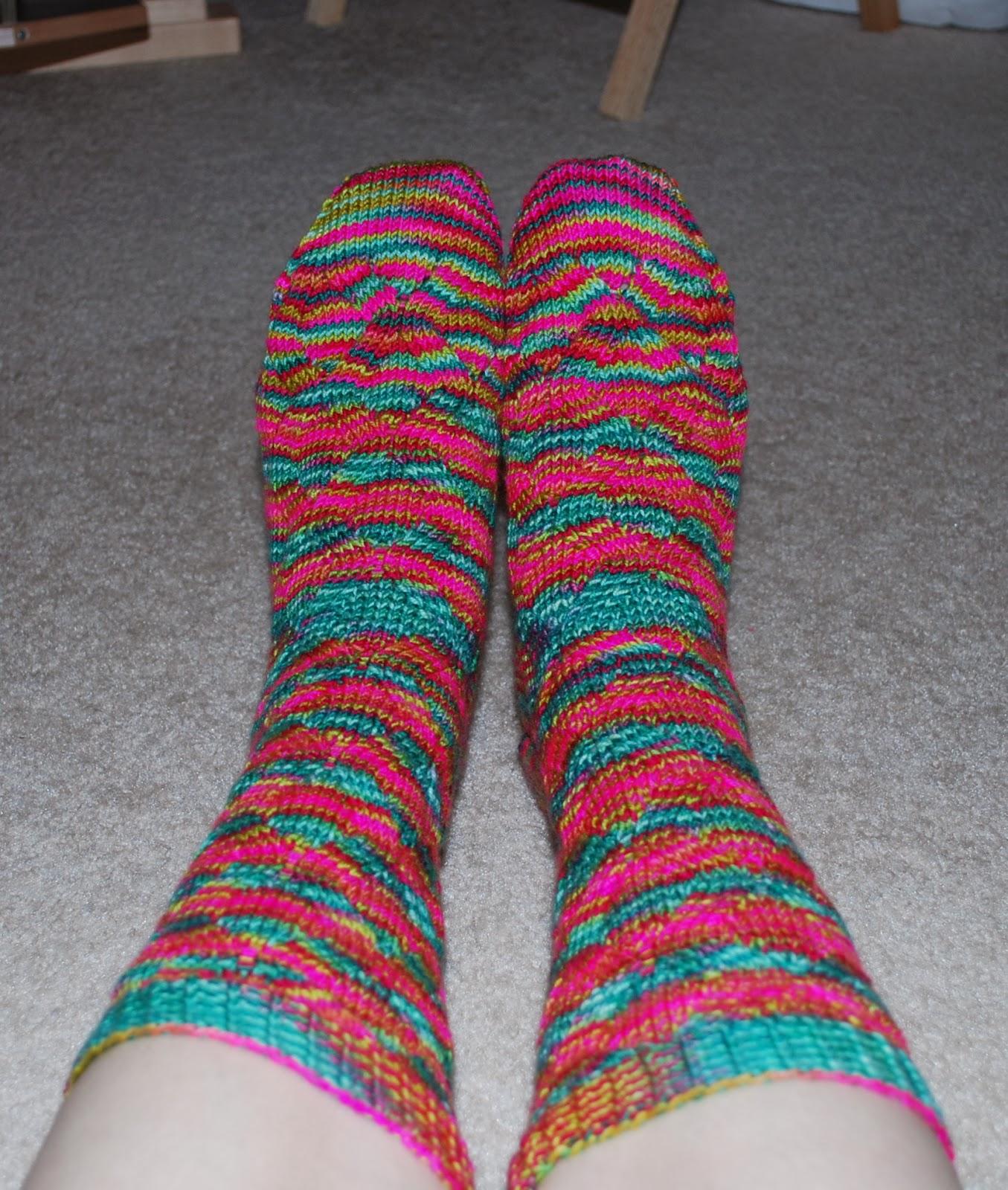 knit wit bright feet