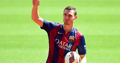 Thomas Vermaelen rất ít khi được khoác áo Barca thi đấu.