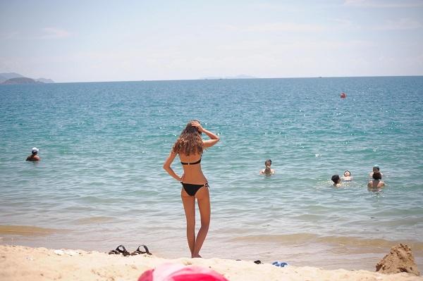 bãi biển khu du lịch Dốc Lết