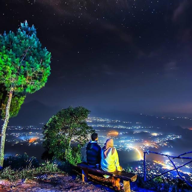 Camping di Wisata Gunung Putri Lembang