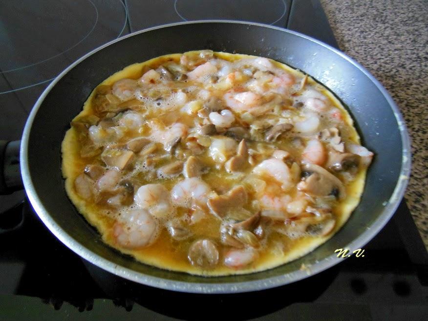 TORTILLA CHAMPI Y GAMBAS 1