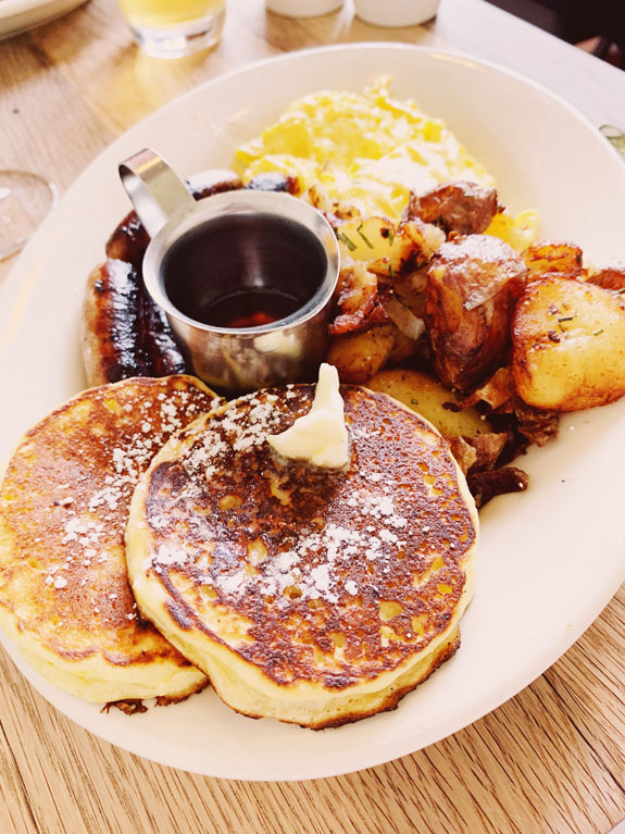 San Francisco Bucket List - eat brunch and order the lemon ricotta pancakes at Plow