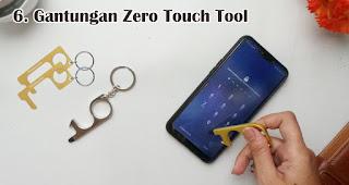 Gantungan Zero Touch Tool merupakan salah satu trend souvenir natal tahun 2020
