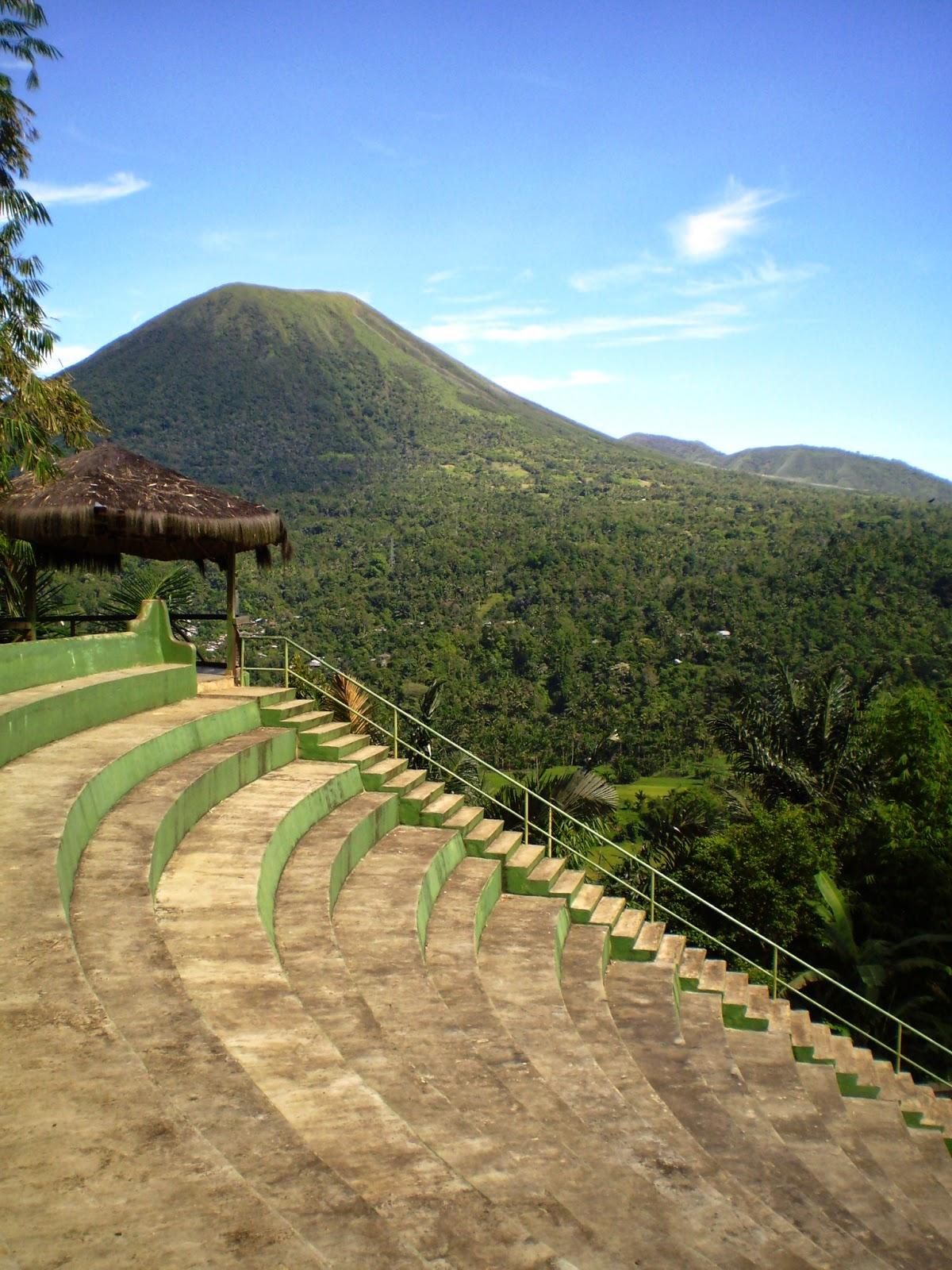 Tempat Wisata Di Tomohon : tempat, wisata, tomohon, Tempat, Wisata, Populer, Tomohon