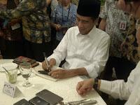 Resmi, Preiden Jokowi Sudah Teken PP Gaji ke-13 Buat PNS