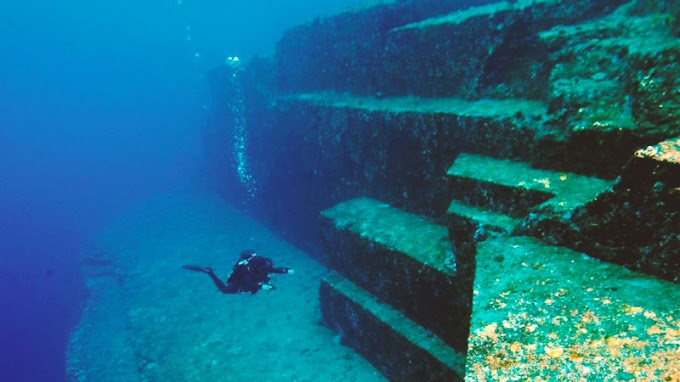The Submerged Ruins of Yonaguni • Aliens from the Past