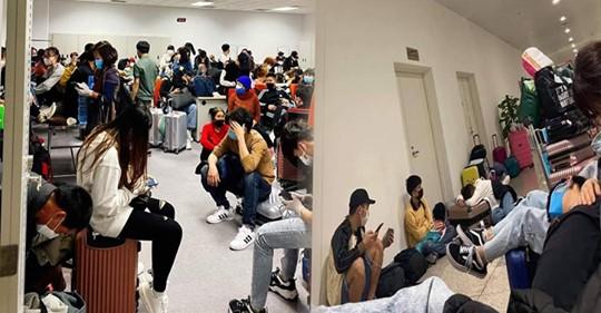 Về nước tránh dịch Virut corona Hàng trăm DHS, LĐ người Việt từ Hàn Quốc bị cách ly tại Nội Bài