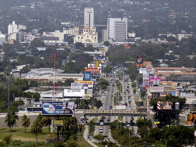 مدينة سان بيدرو سولا، في الهندوراس