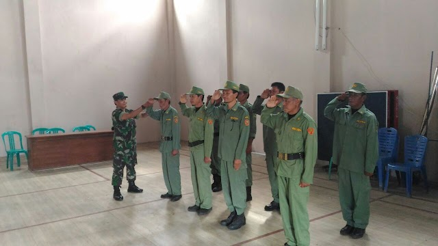 Jelang Pilkada 2018, Koramil 1514/Mandirancan Latih Linmas Desa Randobawah Girang
