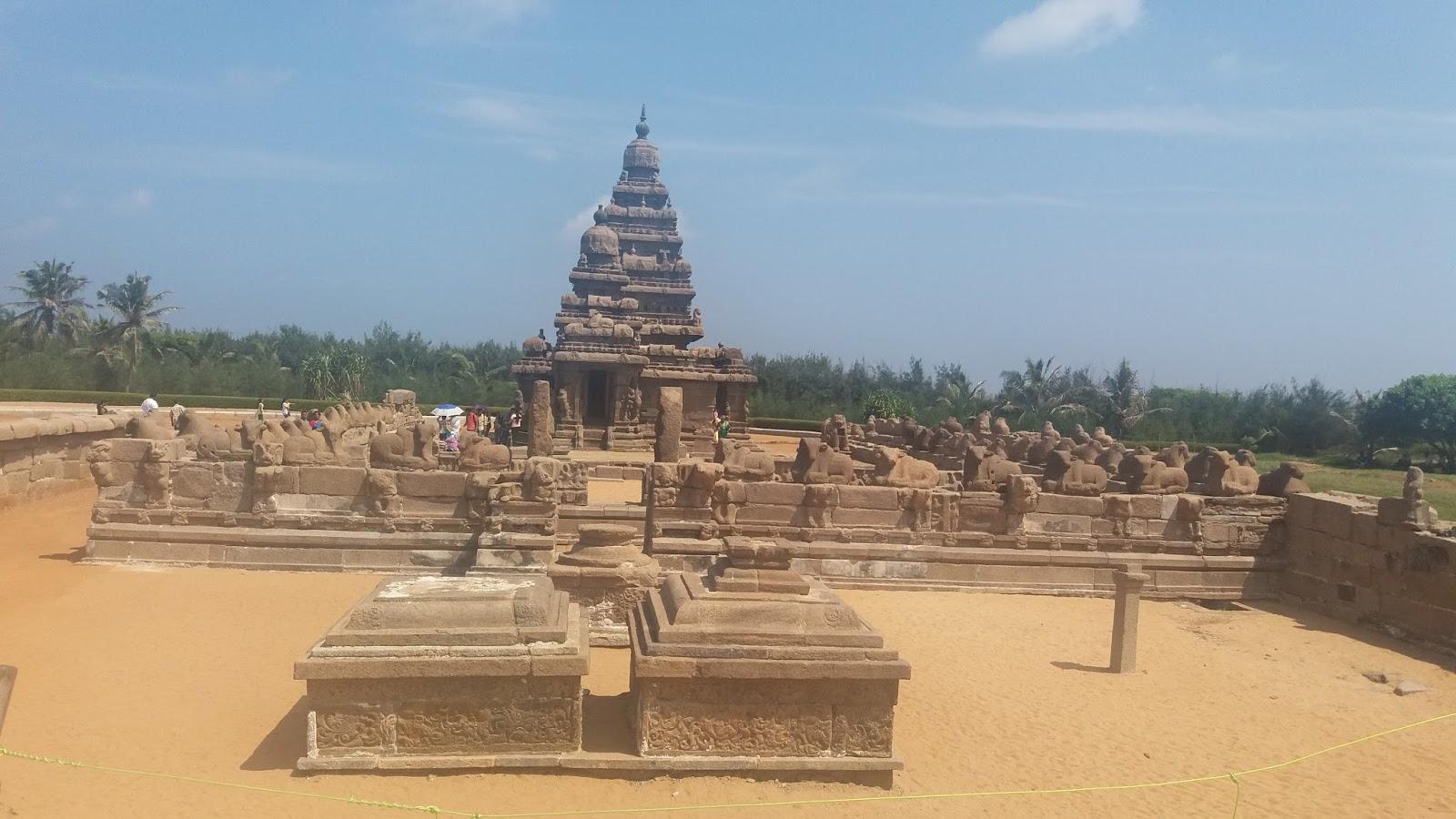 Mahabalipuram Beach - Mahabalipuram Shore Temple and Pancha Rathas