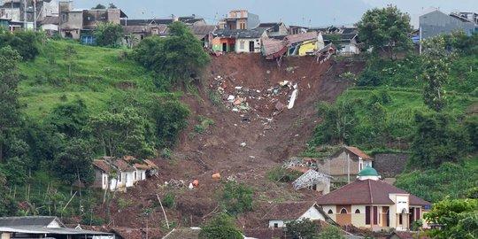 Kondisi Bencana Longsor di Sumedang yang Tewaskan 13 Orang