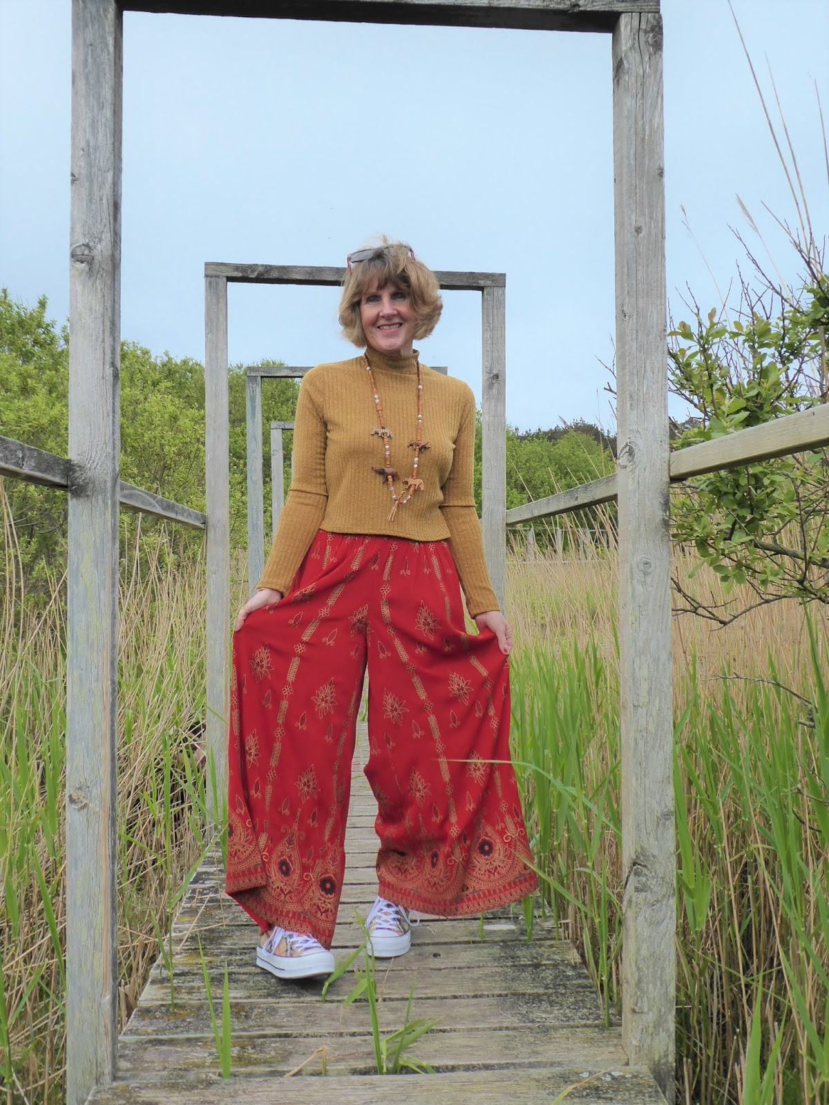 Flamboyant trousers with an elasticated waist are stylish but comfortable for style blogger Anna Parkes from Annas Island Style