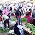 मना करने के बाद भी सब्जी मण्डी में उमड़ी भारी भीड़