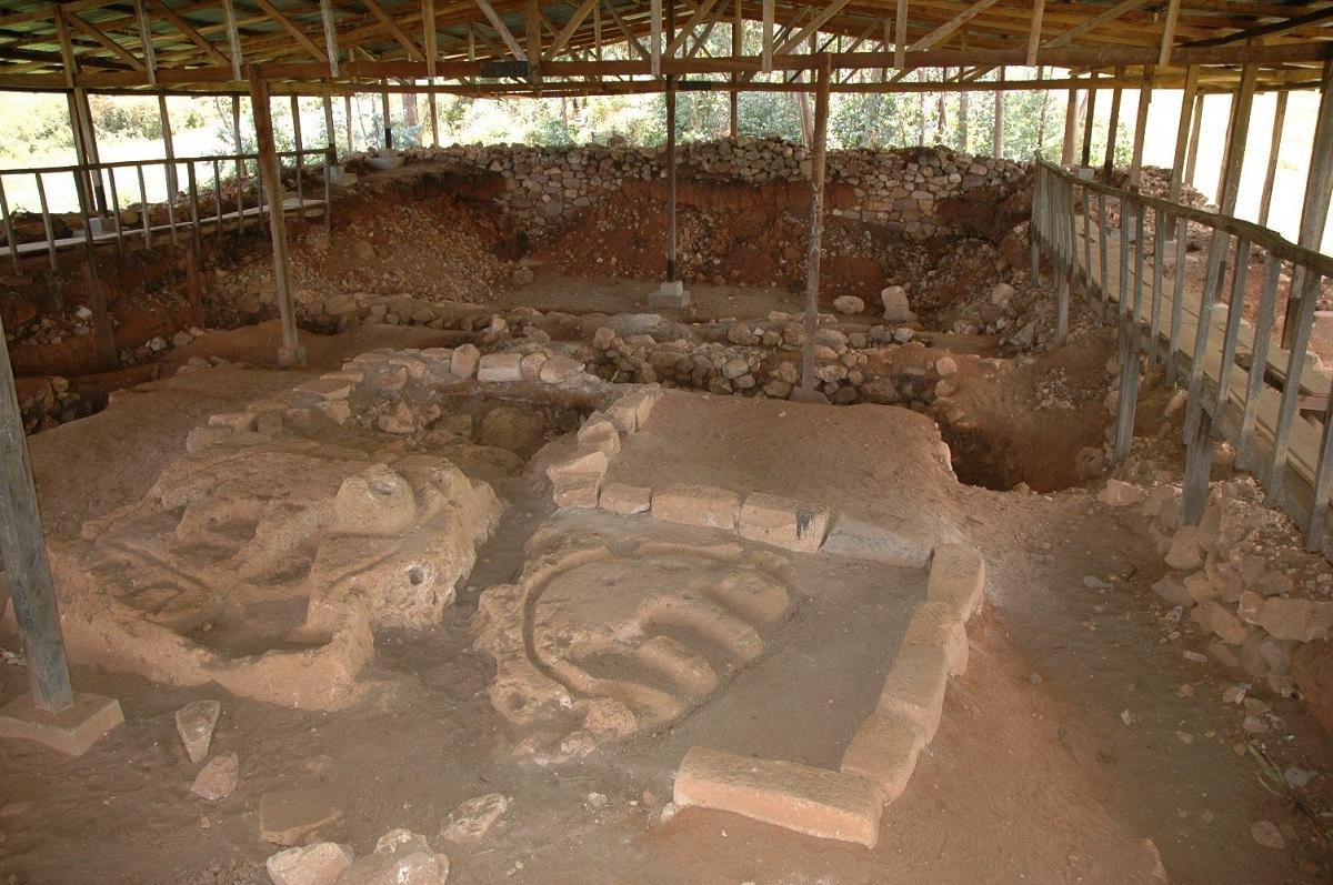 Zona Arqueológica de Mitupampa - Templo de los Jaguares