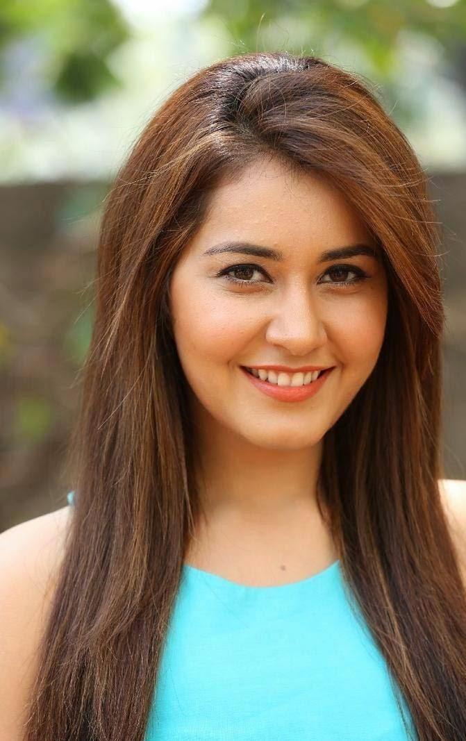 Rashi Khanna at Jil Movie Trailer Launch Stills