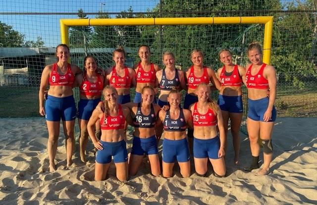 En 2021 Federación Europea (EHF) multa a jugadoras noruegas de balonmano por no competir en bikini
