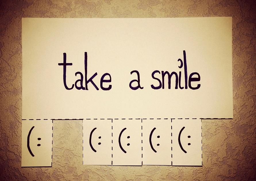 Afbeeldingsresultaten voor take a smile