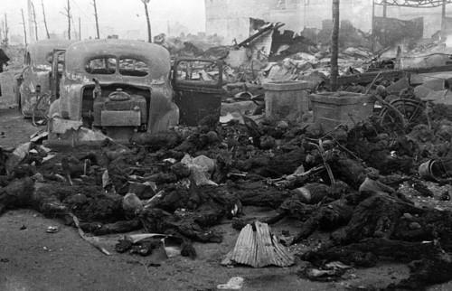 Michael Hoffman: Ricordiamo il crimine di guerra americano/l'Olocausto di Tokyo, 9-10 marzo 1945