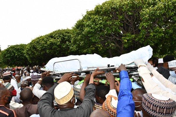 Tears As Buhari's Friend, Isa Funtua Is Buried In Abuja (Photos) #Arewapublisize