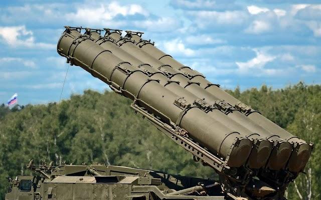 Σε «προχωρημένο στάδιο» οι συνομιλίες Ρωσίας-Τουρκίας για την παράδοση των S-400