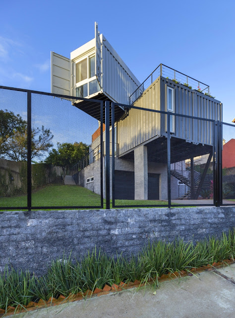 Casa Conteiner RD - 350 sqm Two Story Shipping Container Home, Brazil 31
