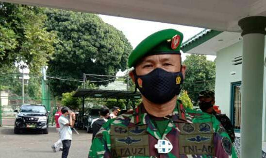 DUA PELETON TNI SIAP UNTUK AMANKAN VAKSINASI COVID-19