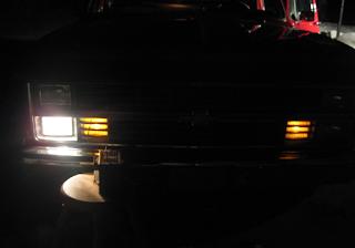 lampu depan avanza mati