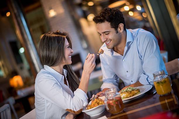 Jatuh Cinta Membuat Makanan Jadi Lebih Manis, Benarkah? Ini Penjelasannya!