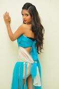 Shreya Vyas latest sizzling pics-thumbnail-14