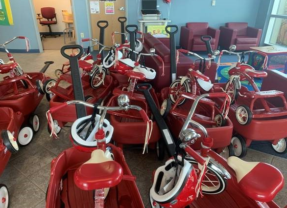 PNC Donates Tricycles & Wagons to CAA Head Start Program